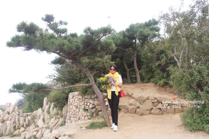拱北石是泰山标志之一,也是登岱观日出的好地方.
