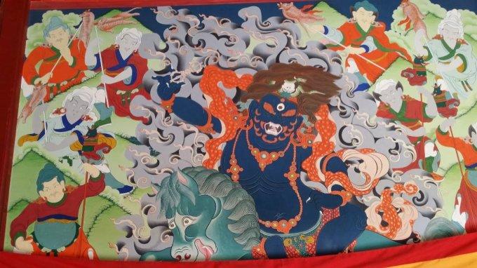 """塔尔寺的酥油花,壁画和堆绣被誉为""""艺术三绝"""""""